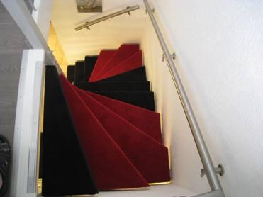 Trap Tapijt Leggen : Zelf tapijt trap leggen trap bekleden youtube trap zelf bekleden