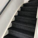Trap bekleen aanbieding met tapijt antraciet